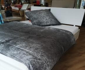Akazien - Bett